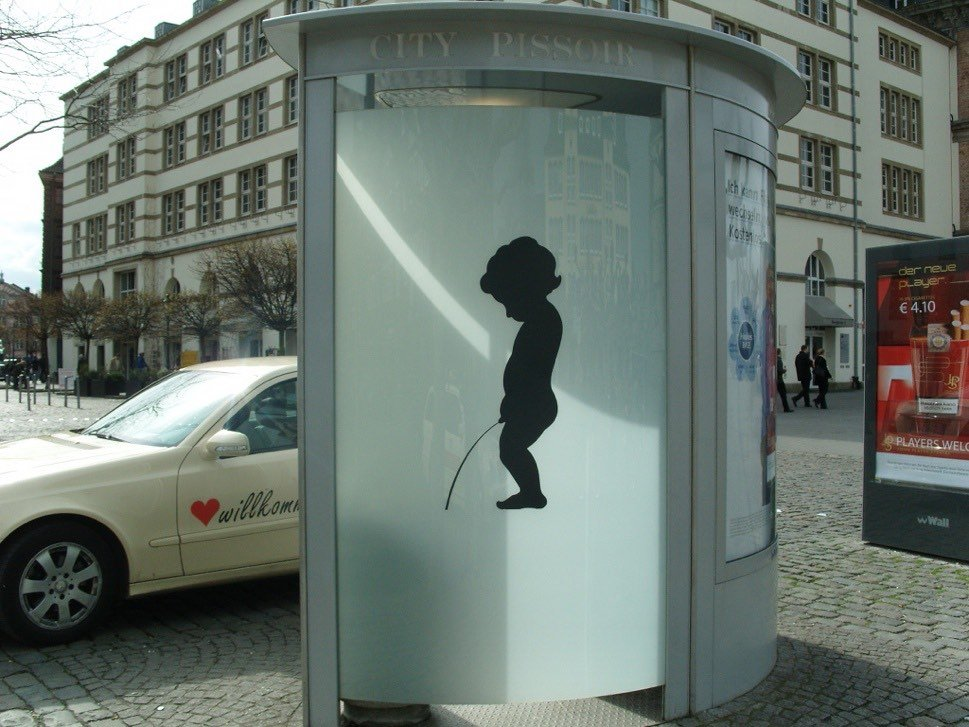 Public toilet, wc, in street