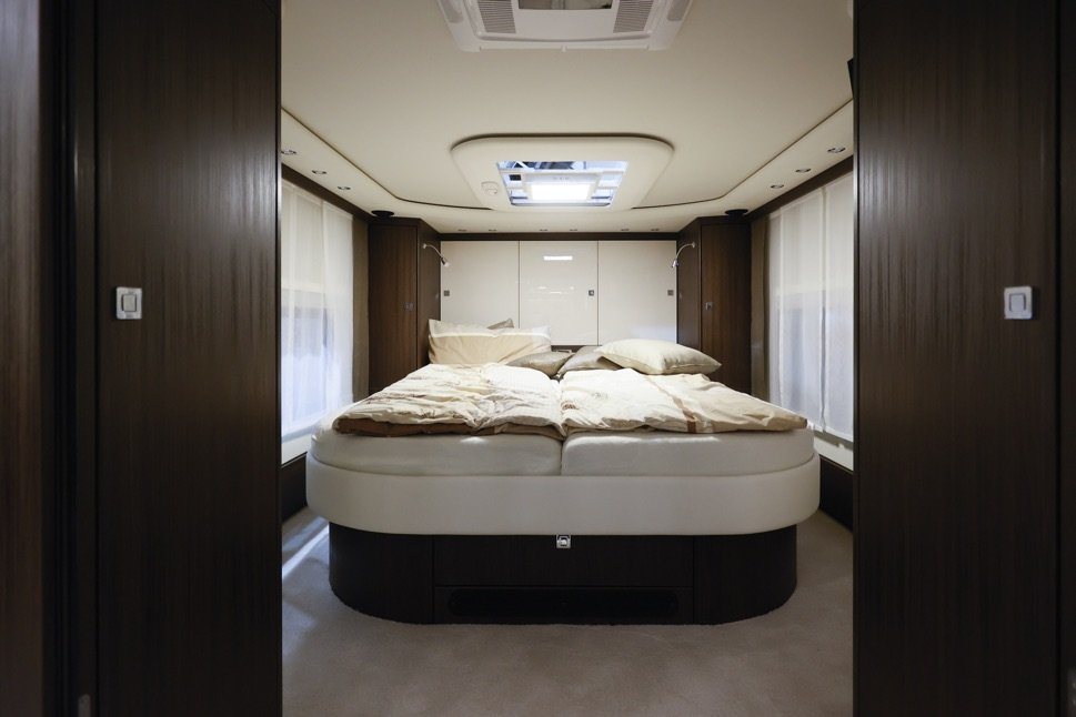 Mobilehome bed